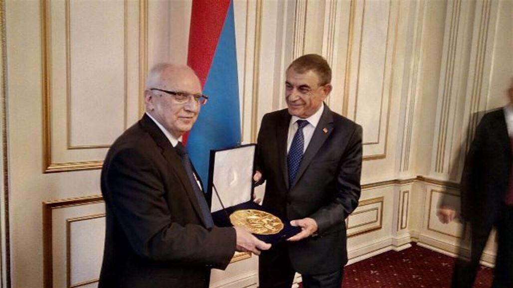 العراق يمنح زمالات دراسية لأرمينيا