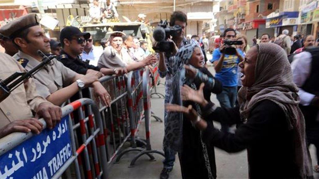 القضاء المصري يحكم بإعدام مرشد الأخوان محمد بديع ومئات من أتباعه المسلمين 28-4-2014