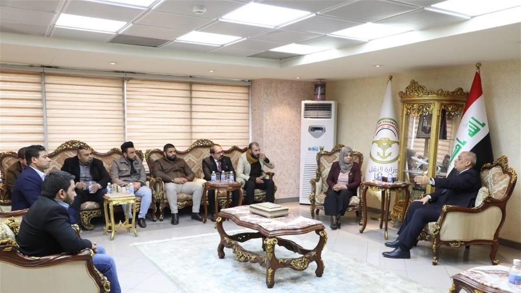 وزير النقل يعلن اتخاذ اجراءات لتثبيت اكبر شريحة من موظفي الخطوط الجوية العراقية