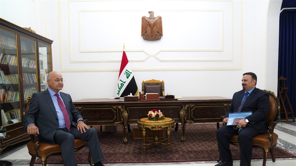 Saleh stresses to the head of the Integrity Commission the need to close the outlets of corruption and recover the stolen money Doc-P-361432-637383554634871238