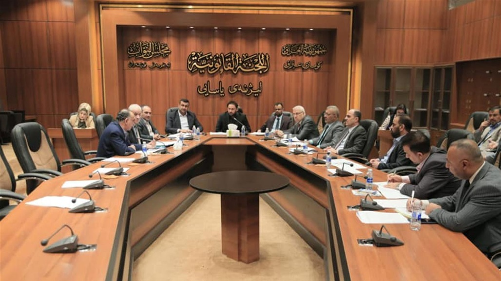 The parliament presidency holds a meeting with the parliamentary lawmakers and the deputies of Kirkuk and Nineveh to resolve the electoral districts