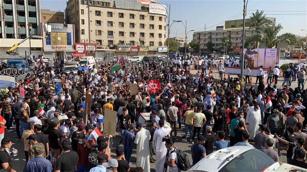 در تصاویر ، ورود به میدان تحریر برای شرکت در جایگاه همبستگی با فلسطین