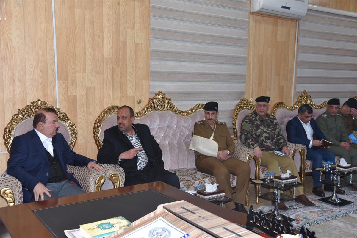 جيش المهدي يعتقل وزير الداخلية وهو سيد إبن رسول الله وكسر يد قائد الشرطة الفتلاوي