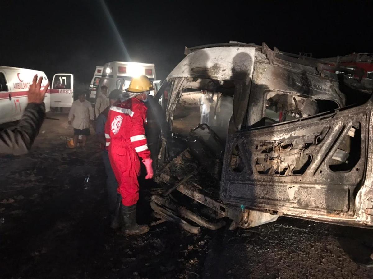 حادث مروري مروع يتسبب بوفاة 14 راكبا من اهالي البصرة حرقاً في المثنى