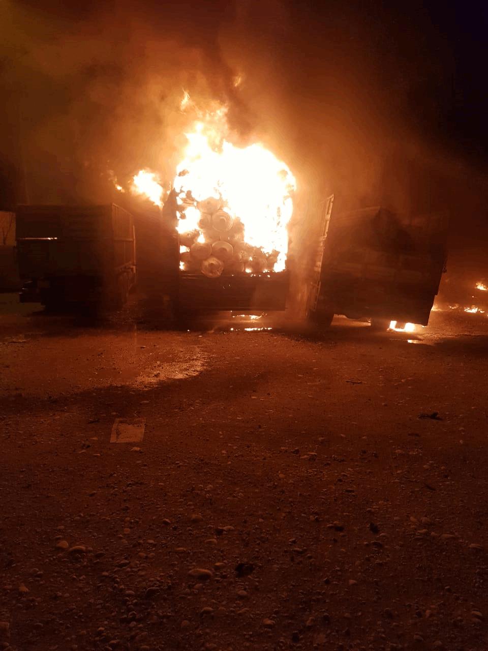 حرق 6 شاحنات في منفذ عراقي في واسط مع ايران