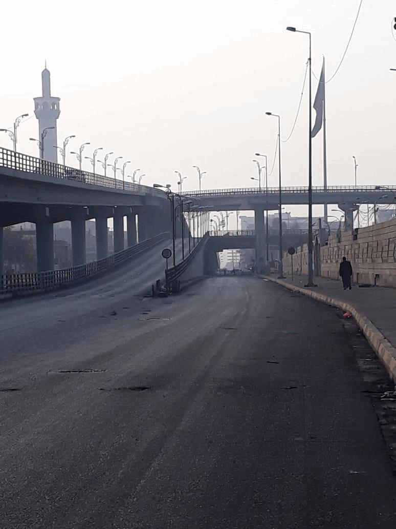 صور من شوارع النجف وساحاتها واطلاق نار في مقر قيادة شرطة ذي قار